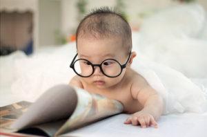 leggere libri ai bambini
